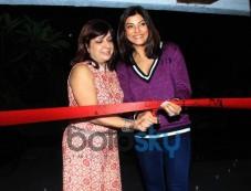 Sushmita Sen Inaugurates Soapbox And Makeover Salon Photos