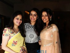 Shraddha Kapoor And Kanika Kapoor  Received Inaugural YFLO Women Achiever Awards In New Delhi Photos