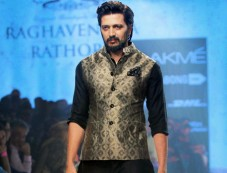 Designer Corner - Raghavendra Rathore Photos