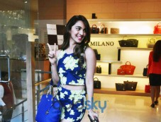 Kiara Advani Launch Da Milano Spring Summer Collection 2015 Photos