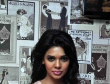 Sara Loren Inauguration of Dazzle Rest O Lounge Photos
