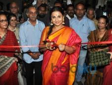Vidya Balan Inaugurates Craft Exhibition Of MP Photos