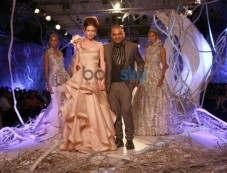 AIFW 2015, Designer Gaurav Gupta Show, In New Delhi Photos