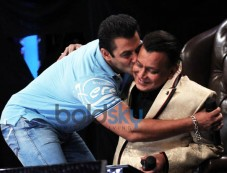 Salman Khan On The Sets Of ZEE TVs DID 5 Photos