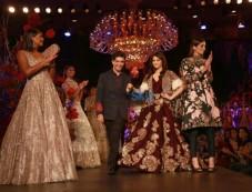 Designer Manish Malhotra's Show, Aishwarya Rai Walked The Ramp Photos