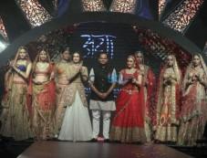 IIJW 2015 - Day 3 Dia Mirza And Preity Zinta For Birdhichand Ghanshyamdas Jewellers Photos
