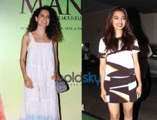 Kangana Ranaut And Radhika Apte Was At Manjhi Screening Photos