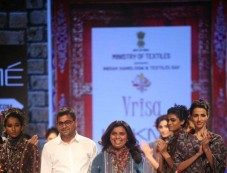 LFW 2015 Day 2 - Divya Sheth, Swati Vijaivargie, Rahul N Shikha Show Photos