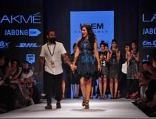 LFW Day 3 - Antar-Agni, Prem Kumar, Amalraj Sengupta Show Photos