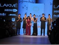 LFW Day 4 - Mrinalini Chandra, Nitin Chawla Show Photos