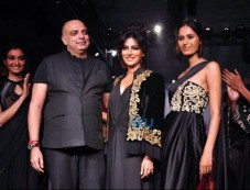 LFW day 5 - Tarun Tahiliani Show Photos