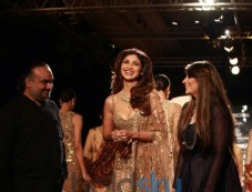 Rimple And Harpreey Narula Show, At AIFW 2015 Photos