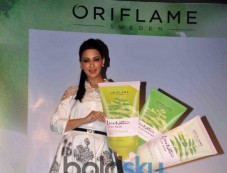 Success Celebration Of Oriflame Beauty Products Photos