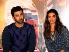 Ranbir And Deepika At First Look Launch Of Tamasha Photos