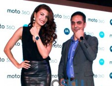 Jacqueline Fernandez Launches 'Moto 360' Smart Watch Photos