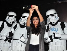 Sonam Kapoor Snapped Taking Selfies With The Storm Troopers From Star Wars Photos