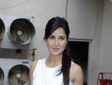 Aditya And Katrina At Mehboob Studio While Promoting Fitoor Photos