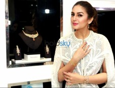 Huma Qureshi Launches New Jewellery Edition Nazraana Photos
