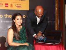 Kajol Unveils Missingpeopleinfo Dot com Initiative By Mumbai Police Photos
