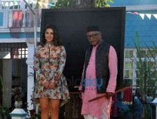 Promotion Of Mastizaade On The Sets Of SAB TV Show Chidiya Ghar Photos