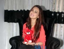 Valentine's Special Media Interaction With Sana Khan Photos
