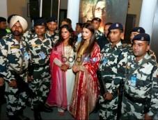 Aishwarya Rai Bachchan And Amit Shah Launch Sarbjit Poster Photos