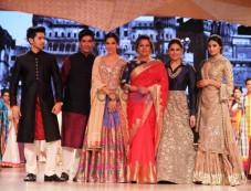 Celebrities Walks For Manish Malhotra And Shaina NC Fashion Show Photos
