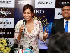 Bipasha Basu At Launch Of SEIKO Watch Photos