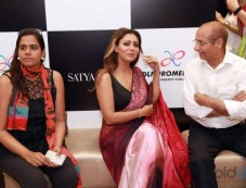 Gauri Khan Launches Her Cocktail And Dreams Saree Collections Photos