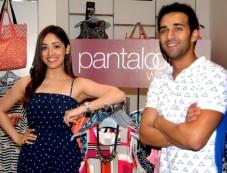 Yami Gautam And Pulkit Samrat At Pantaloons Photos