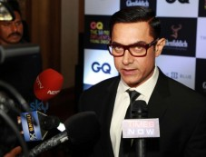 Aamir Khan And Mandira Bedi At Announcement Of GQ 50 Most Influential Young Indians Photos