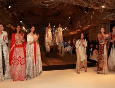 Designer Anamika Khanna Show At ICW 2016 Photos