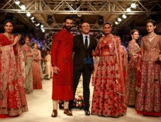 Designer Varul Bahl Show At ICW 2016 Photos