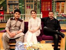 Salman Khan And Anushka Sharma On The Sets Of The Kapil Sharma Show Photos
