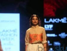 Aartivijay Gupta Show At Lakme Fashion Week Winter Festive 2016 Photos