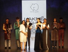 Kanika Goyal Show At Lakme Fashion Week Winter Festive 2016 Photos