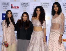 Payal Singhal Show At Lakme Fashion Week Winter Festive 2016 Photos
