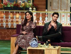 Sidharth Malhotra & Katrina Kaif Promote Baar Baar Dekho On The Kapil Sharma Show Photos