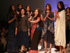 Designer Kavita Bhartia Collection At AIFW Spring Summer 2017 Photos