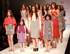 Designer Tanieya Khanuja Collection At AIFW Spring Summer 2017 Photos