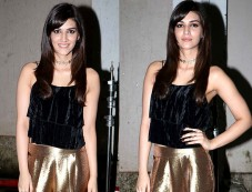 Kriti Sanon Dazzles In Golden Pants At Mehboob Studio Photos