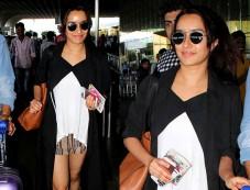 Shraddha Kapoor's Latest Airport Look Photos