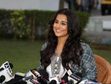 Vidya Balan Shows Off Her Boho Lookbook At Kahaani 2 Promos Photos