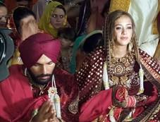 Yuvraj Singh Ties Knot With Hazel Keech At Era Of Baba Ram Singh Ganduan Wale In Village Duffer Photos