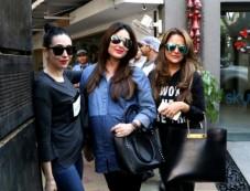Pregnant Kareena Kapoor Snapped With Sister Karishma Photos