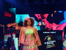 Showstopper Kangana Ranaut At The Blenders Pride Fashion Tour 2016 Photos
