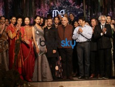 Amit Aggarwal & Tarun Tahiliani Grand Finale AIFW 2017 Photos