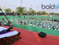 Shilpa Shetty Performs Yoga In Jaipur Photos