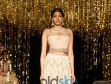 Models Walk Rina Dhaka Full Show. Photos