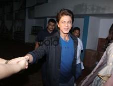 Shahrukh Khan & Anuskha Sharma Promote Jab Harry Met Sejal Tarak Mehta Ka Ulta Chasma Photos